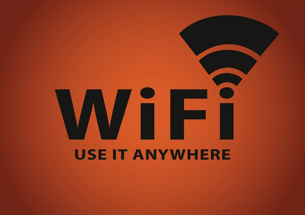 6 tips to protect your personal information when using public Wi-Fi